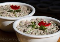 Salata de ciuperci cu maioneza de caju